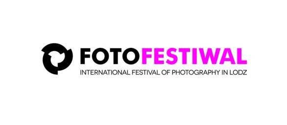 fotofestiwal_logo_uni_name_en_color_cmyk-894223899bd4de8fa4034d3211780a7b1132